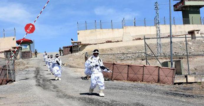 İran sınırında 'Hudut Kartalları' alarmda
