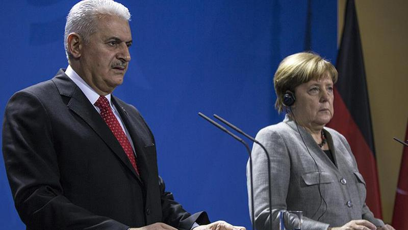 Yıldırım'dan Merkel'e özel talep: Adil Öksüz'ü iade edin