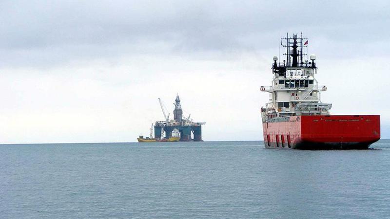 Kıbrıs açıklarında doğalgaz gerilimi: Türk gemisi engel oldu