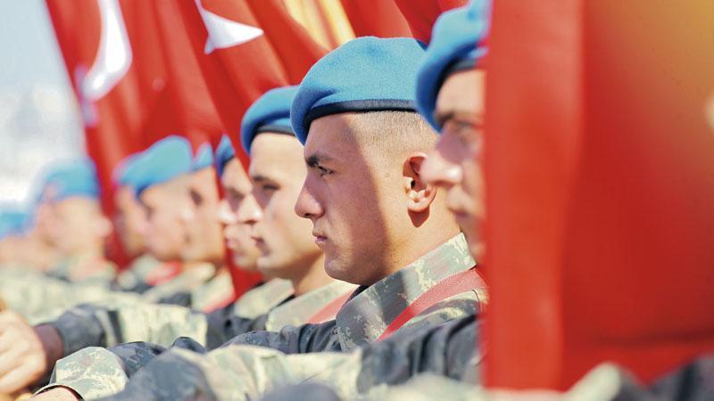 'Darbeyi Atatürkçü subaylar önledi'