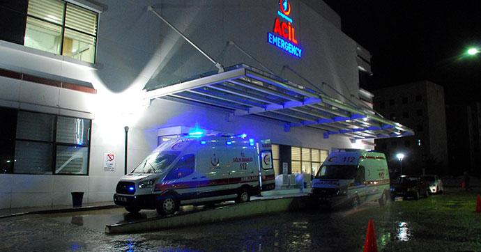8 asker gıda zehirlenmesi şüphesiyle hastaneye kaldırıldı