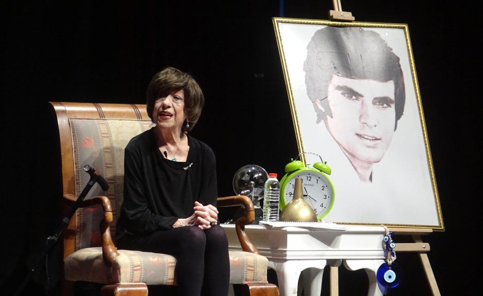 Usta oyuncu Ayşen Gruda hayatını kaybetti! Son mesajında 'Cumhuriyete sıkı sıkı sarılın' demişti
