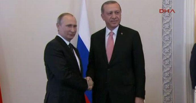 Erdoğan ile Putin Soçi'de görüştü: Bölgeye umut olacak