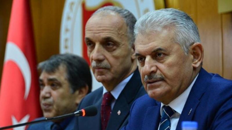 Hükümet basınının hedefindeki Türk-İş Başkanı Atalay'a Meclis Başkanı'ndan ziyaret