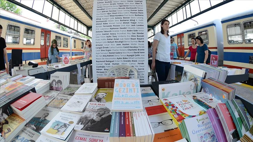 Books and trains share journey in Istanbul