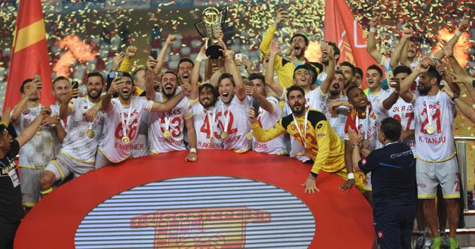 Ve Göztepe Süper Lig'de