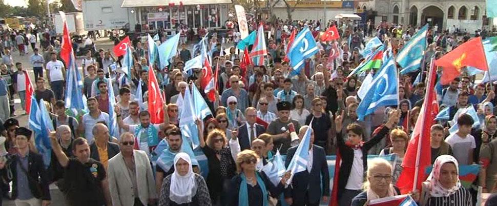Yurt çapında referandum protestoları
