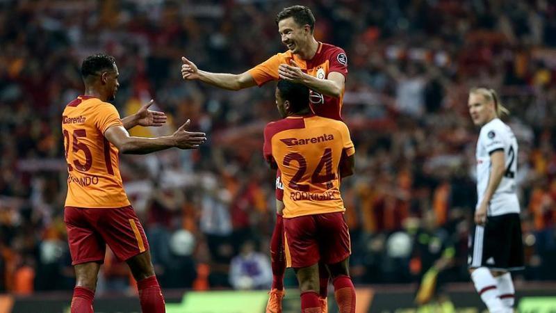 Galatasaray-Beşiktaş derbisinin galibinde gülen taraf aslan