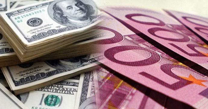 Petrolde yükselmeyle dolar 3.77 lirayı, euro 4.50 lirayı aştı