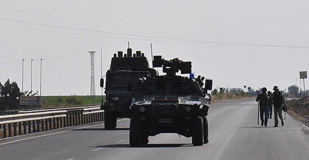 Uludere'de PKK'lı 2 terörist öldürüldü