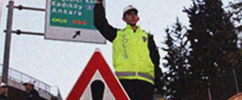 Sürücüler dikkat!.. İstanbul'da bu yollar kapalı!