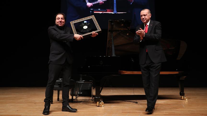 Cumhurbaşkanı Erdoğan, Fazıl Say'ın konserini izledi
