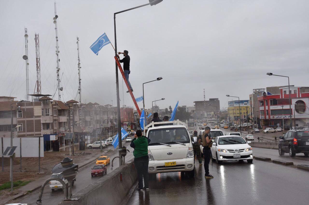 Kerkük sokaklarında Türkmen bayrağı
