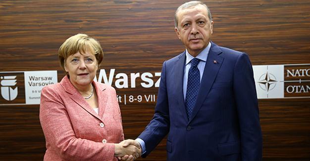 Merkel ile 'sorunları çözme' zirvesi