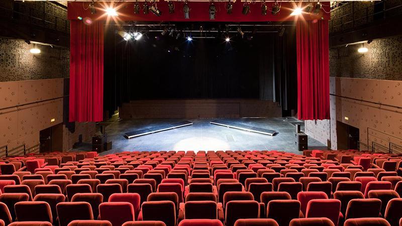 Devlet Tiyatroları satılacak!