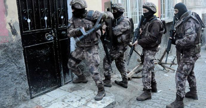 İstanbul'da 15 ilçede terör operasyonu