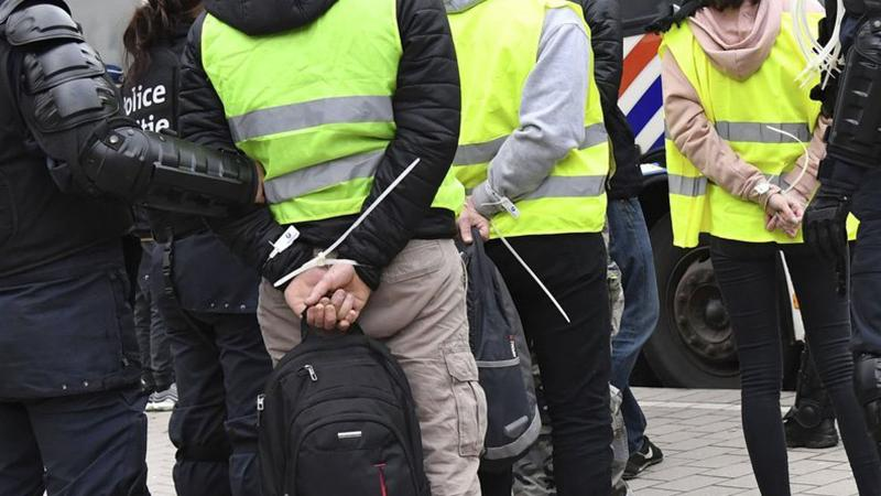 Avrupa'da sarı isyan: Protestolar domino etkisiyle yayılıyor