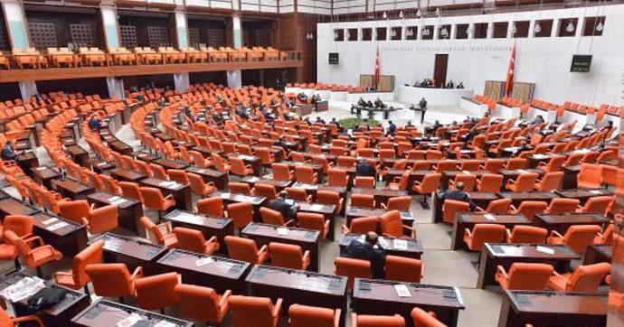 Vekillere kıyak Meclis'ten geçti