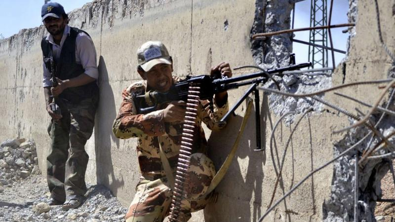Suriye ordusu, Deyrizor hava üssü operasyonunu başlattı