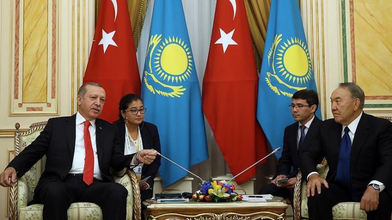Erdoğan'dan Nazarbayev'e: Aksakalımıza teşekkür ediyorum