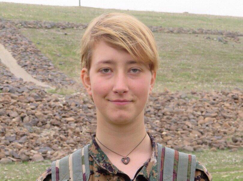 İlk kez bir İngiliz kadın YPG saflarında savaşırken öldü