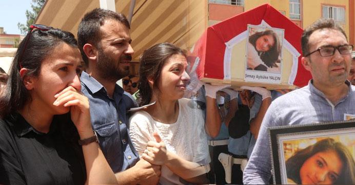 Türkiye şehit öğretmen Şenay'a ağlıyor