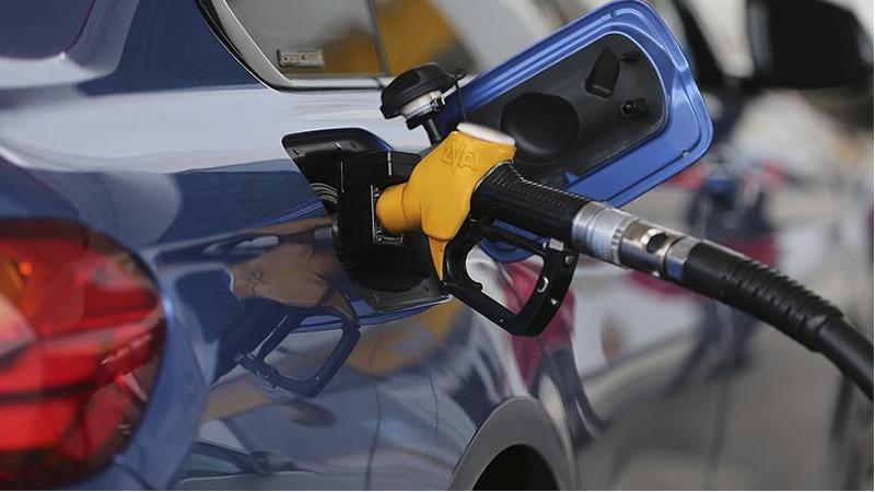 Bir zam daha geliyor: Dün motorin bugün benzin