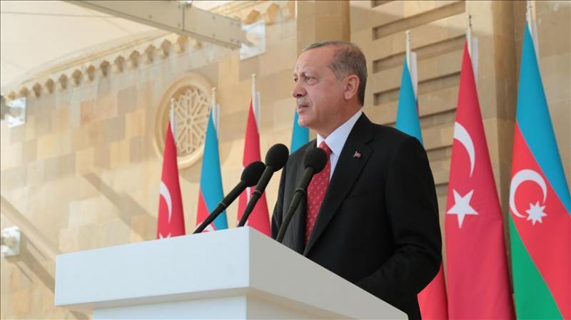 Erdoğan Bakü'den Ermenistan'a sert çıktı