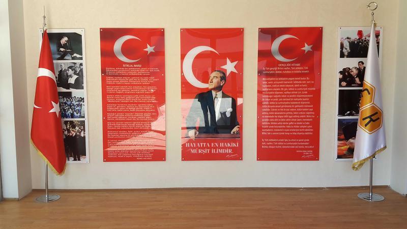 MEB davayı kaybetti: Atatürk Köşesi kalacak!