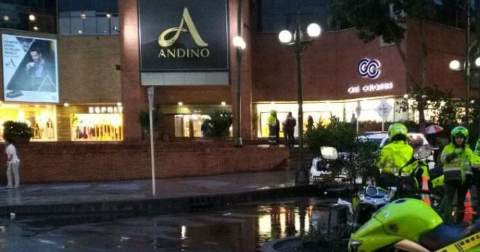 Alışveriş merkezine bombalı saldırı!.. Ölüler ve yaralılar var!
