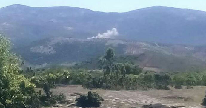 Hatay'dan Suriye'deki PYD mevzilerine havan atışı