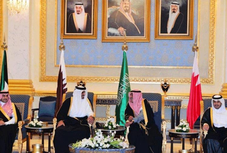 Körfez'de kriz!.. Katar ile ilişkilerini kestiler!