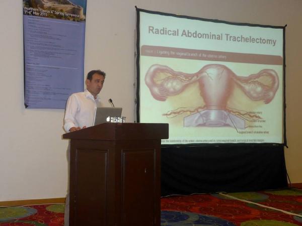 Türk doktor, geliştirdiği rahim ağzı kanseri tedavi yöntemini dünyaya anlatıyor